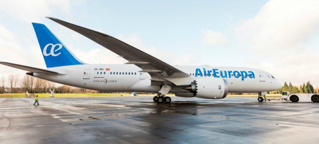 Air Europa se suma al Black Friday con descuentos de hasta el 30%