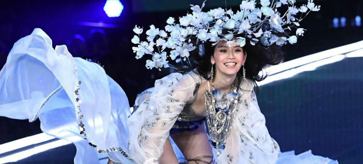 La tremenda caída de un ángel de Victoria's Secret en pleno desfile