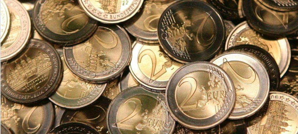 El euro, imparable frente al dólar