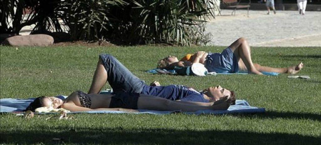 La exposición al sol, un riesgo laboral que conlleva multa si no se tiene en cuenta