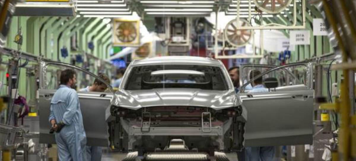 Ford anuncia un ERTE en Almussafes hasta enero