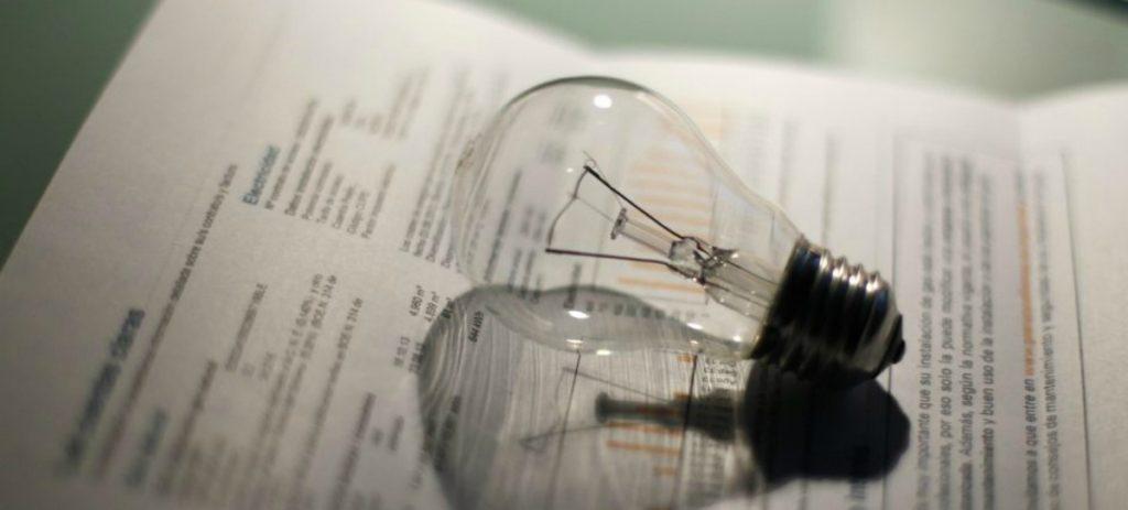 La factura de la luz en junio se dispara un 8% en un año y alcanza los 65,7 euros