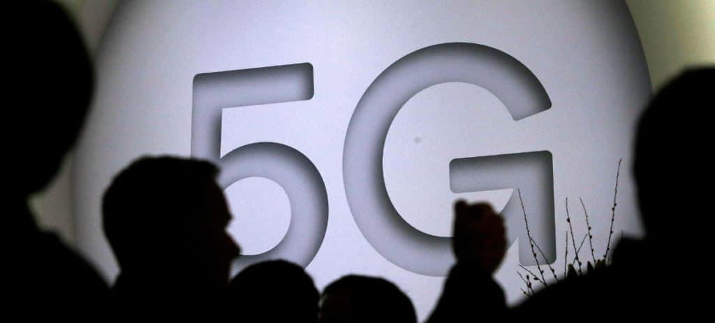 Los móviles 5G, entre 160 y 250 euros  más caros, y se estrenarán en 2019