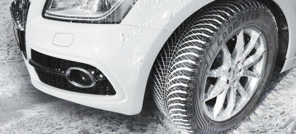 ¿Qué son los neumáticos de todo tiempo?