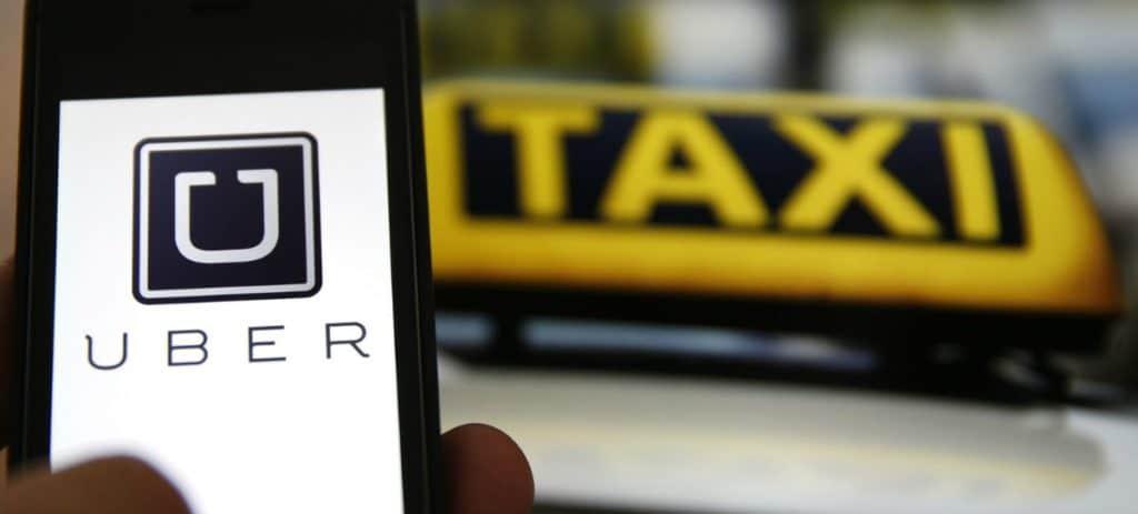 La Patronal de VTC, Cabify y Uber darán un servicio gratis el 26 de septiembre