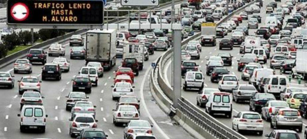 Los atascos en Madrid alcanzaron hasta las 42 horas por conductor al año