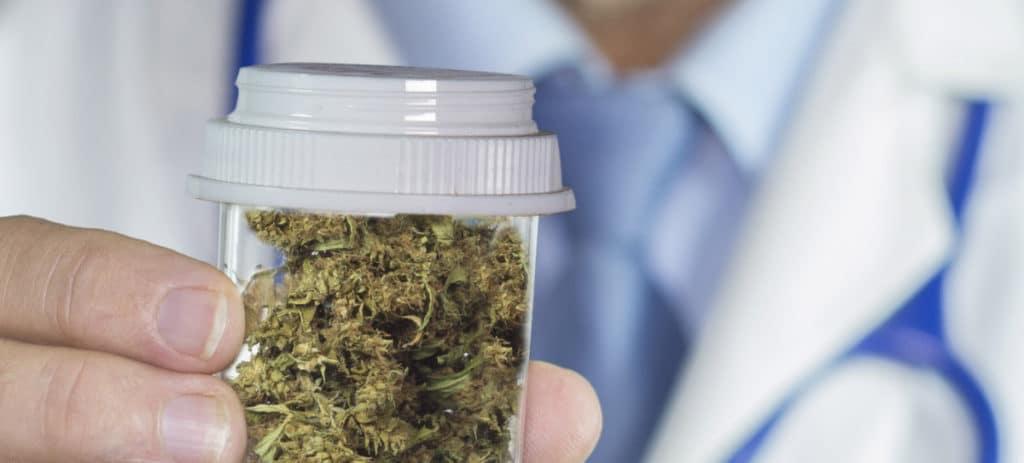 El cannabis medicinal se dispara en Bolsa tras los desplomes