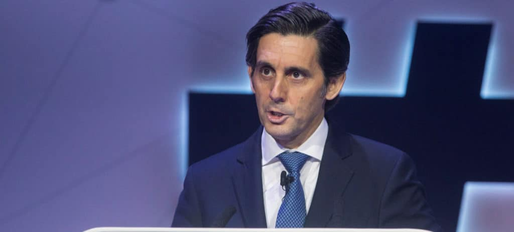 Telefónica rebaja a 421.000 acciones el bonus a Álvarez-Pallete