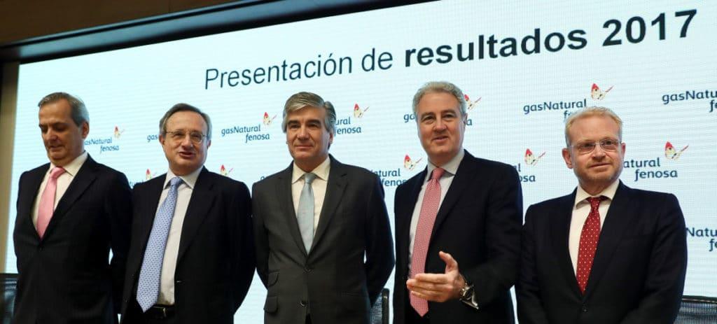 Reynés (Gas Natural) pide tiempo para estudiar una posible fusión y la política de dividendos