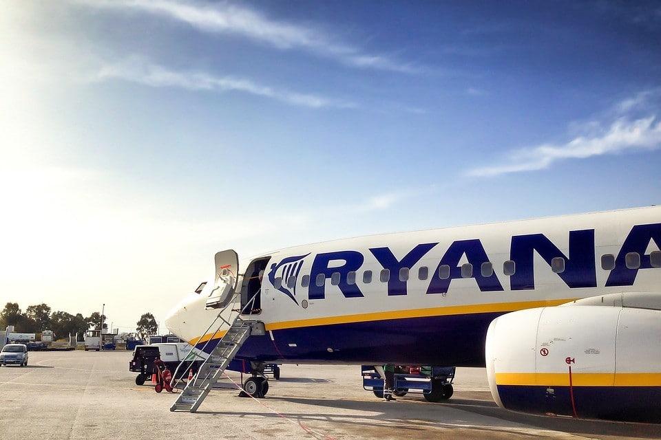 Cómo conseguir vuelos baratos con Ryanair pagando siempre el mejor precio