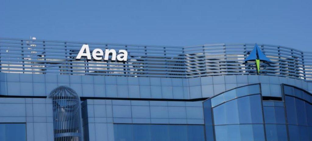 Aena cae un 3,73 % en el IBEX 35 tras vender dos fondos el 2,7 % de su capital