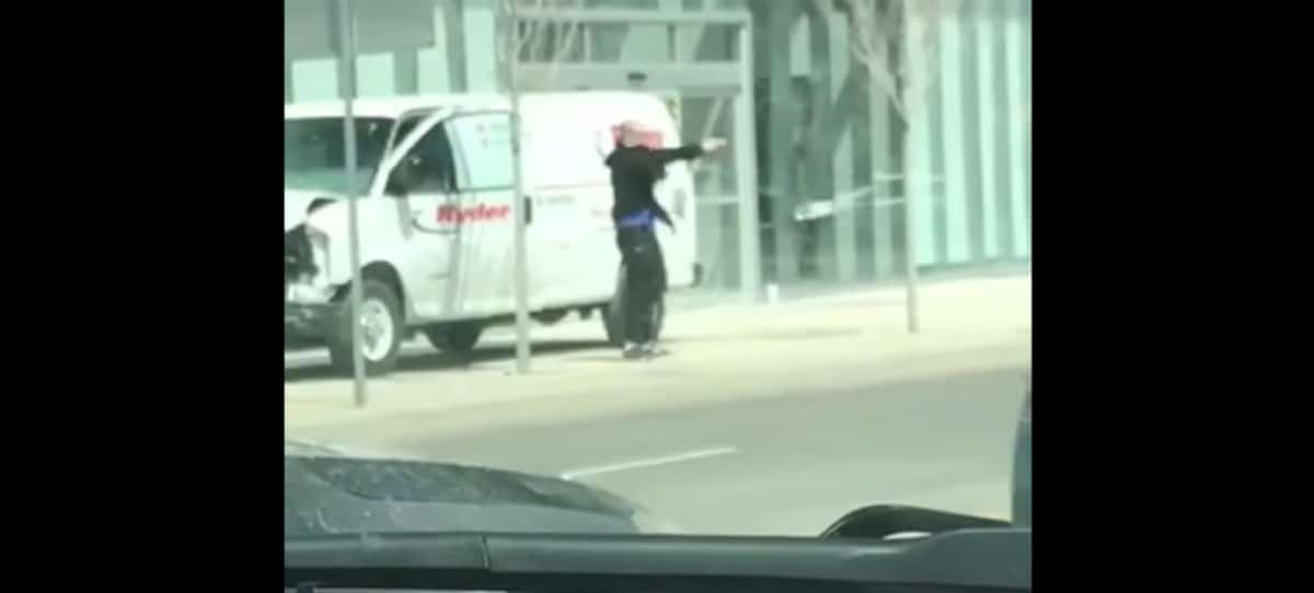 """Atacante de Toronto a un policía: """"¡Máteme, dispare a la cabeza!"""""""