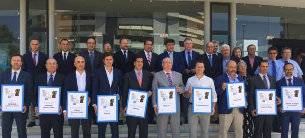 La Fundación Cajasol y FOE buscan a los empresarios del año de Huelva