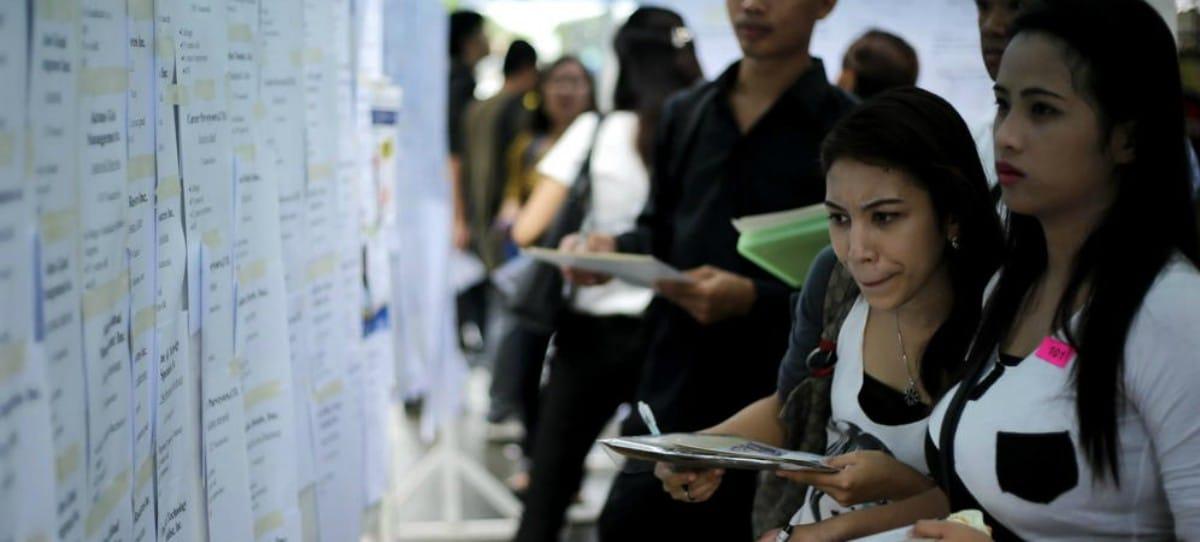 Oferta de trabajo: 3.200 euros de sueldo por ser secretaria con 'relaciones esporádicas'