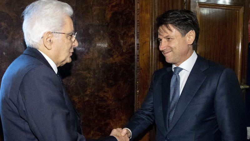 Conte acepta el mandato del presidente italiano para formar gobierno