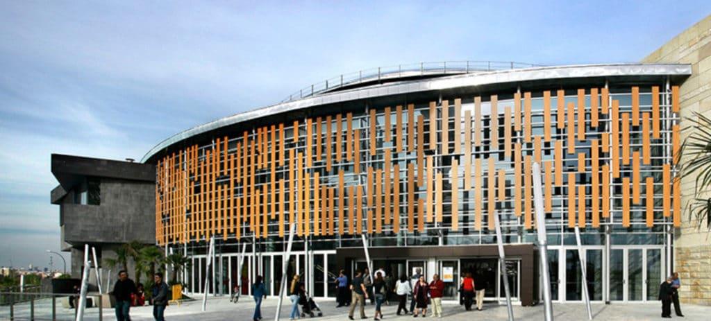 La socimi Lar España gana un 45% más tras centrarse en centros comerciales