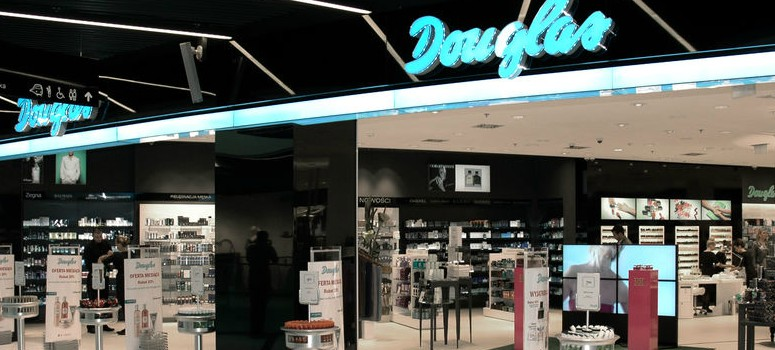 Douglas despide a 300 trabajadores y cierra 60 tiendas en España