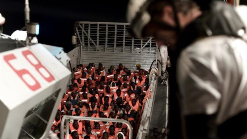 El Aquarius, autorizado a atracar en Malta con los 141 inmigrantes recogidos