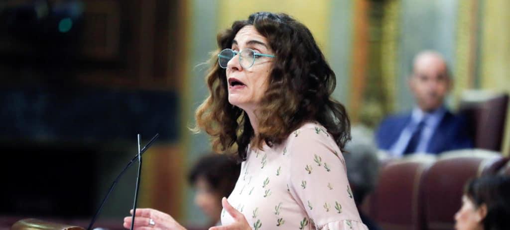 Si Sánchez quiere, Hacienda puede devolver de oficio el IRPF por maternidad