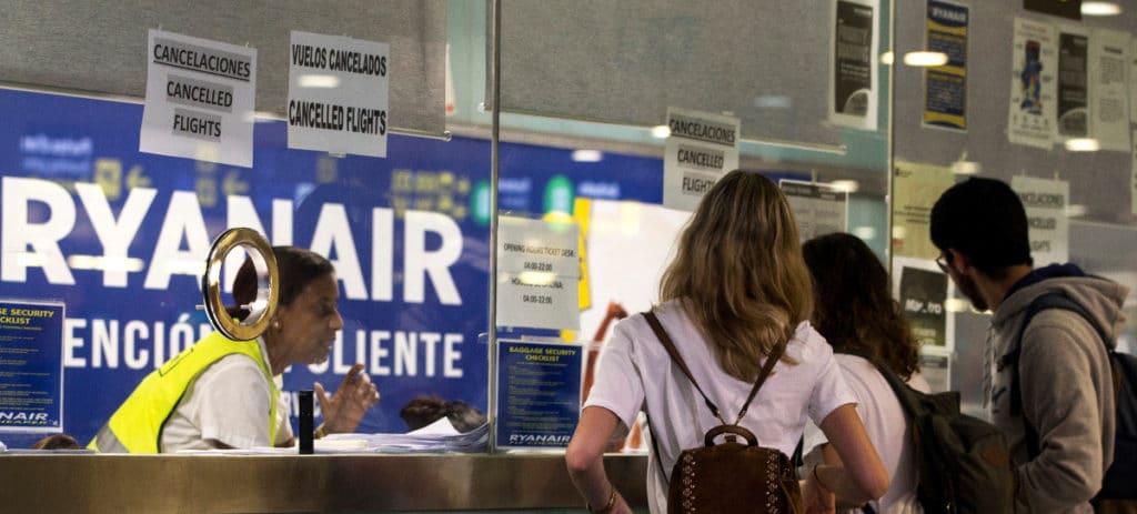 La CAA británica tomará medidas contra Ryanair por no compensar a clientes