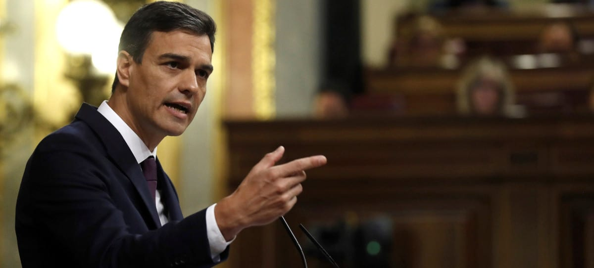 El plan de Sánchez: prohibir ahora las amnistías fiscales, subidas de impuestos y cambios en los contratos de jóvenes