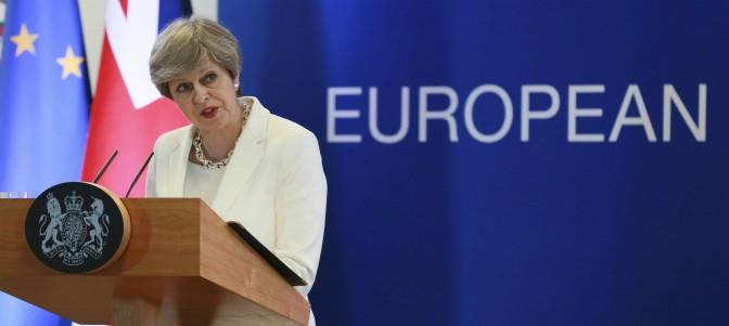 El Parlamento británico aprueba la ley de Aduanas para después del Brexit