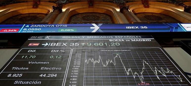 El IBEX 35 ahonda su caída y ya está por debajo del 8.400
