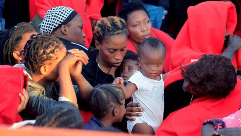 Llegan al puerto de Málaga 151 inmigrantes (20 mujeres y 34 menores)