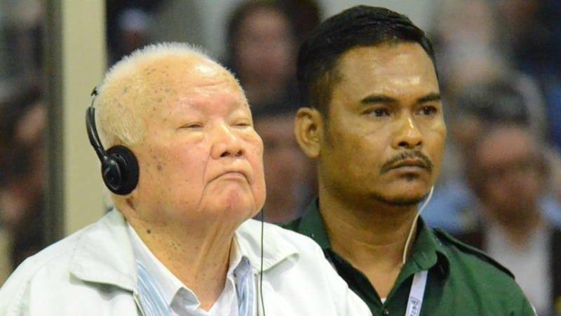 Los dos últimos líderes vivos del Jemer Rojo, condenados a cadena perpetua