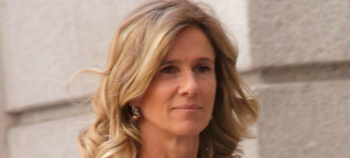 CaixaBank nombrará consejera independiente a la exministra Cristina Garmendia