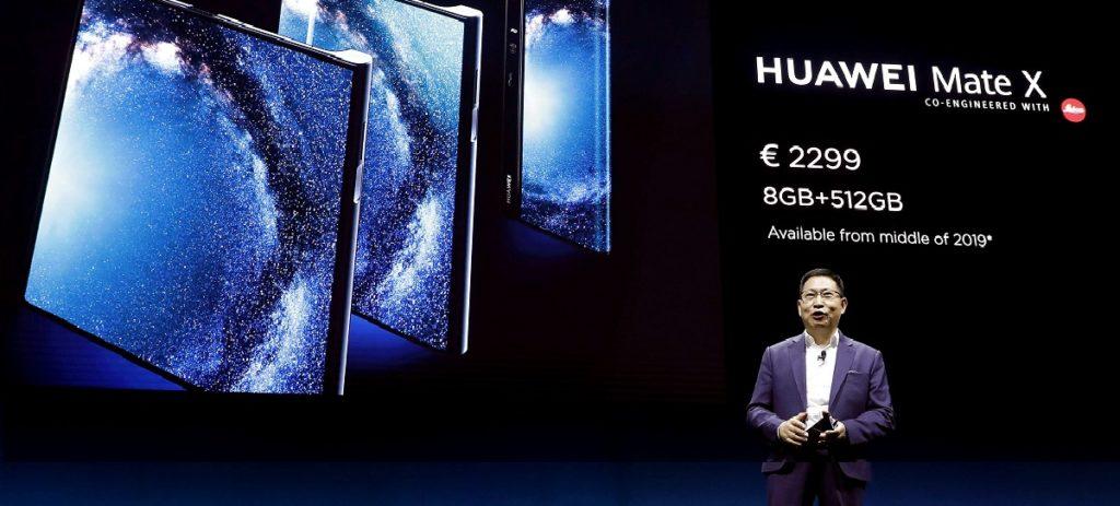 Huawei mantiene su móvil plegable tras al fallo de Samsung