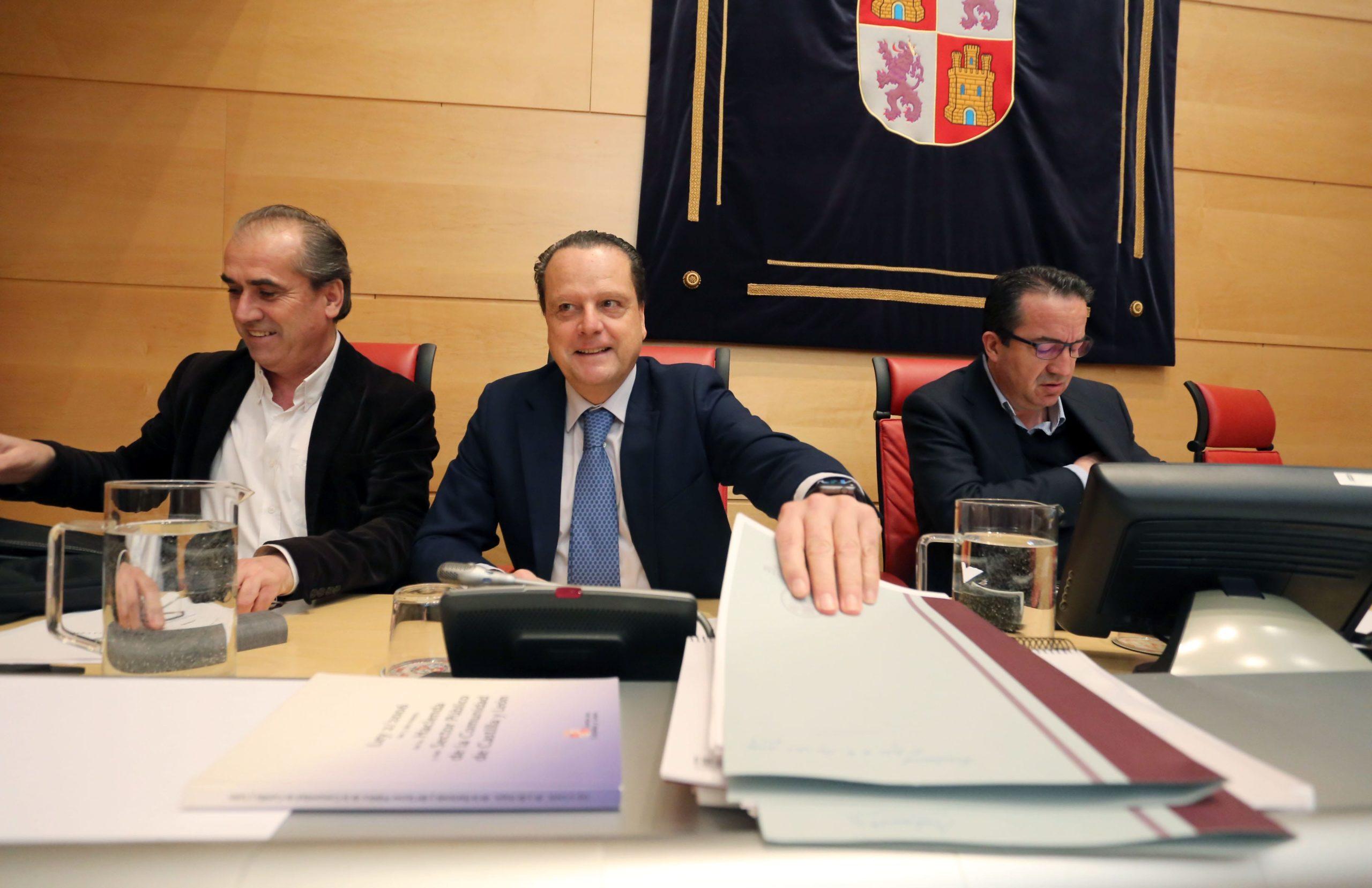 El Consejo de Cuentas alerta de las facturas guardadas en cajones