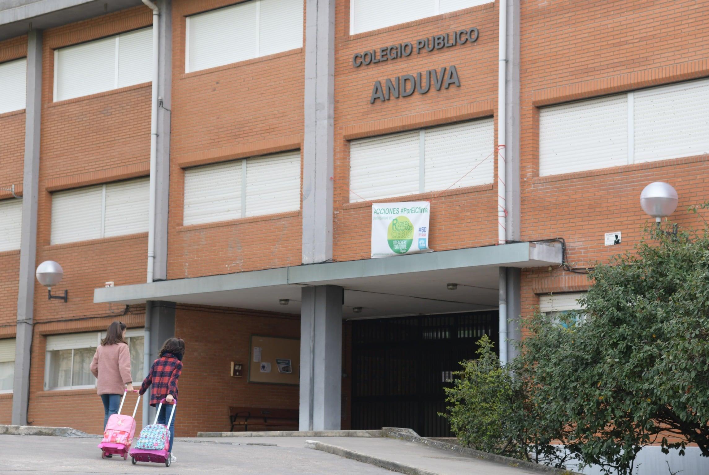 Educación cierra mañana el colegio Anduva, de Miranda, por posible coronavirus en padres
