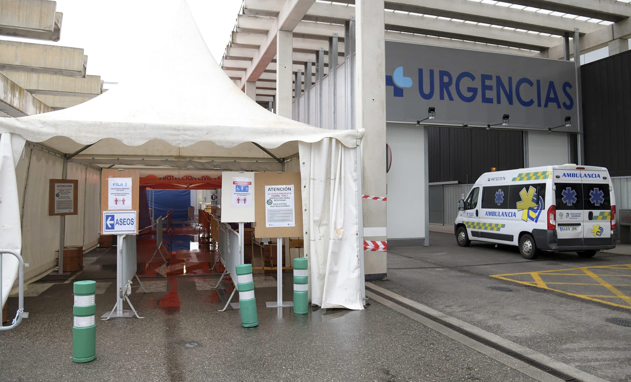 Fundación Caja Rural dona 100.000 euros al Hospital Universitario de Burgos