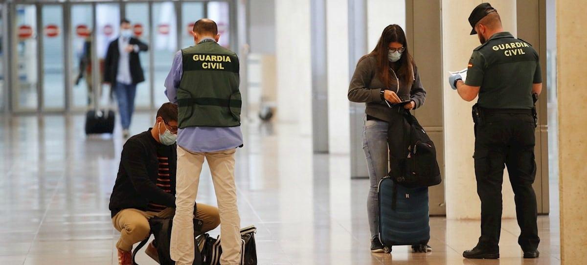 El último golpe al turismo en España: cuarentena obligatoria para los viajeros internacionales