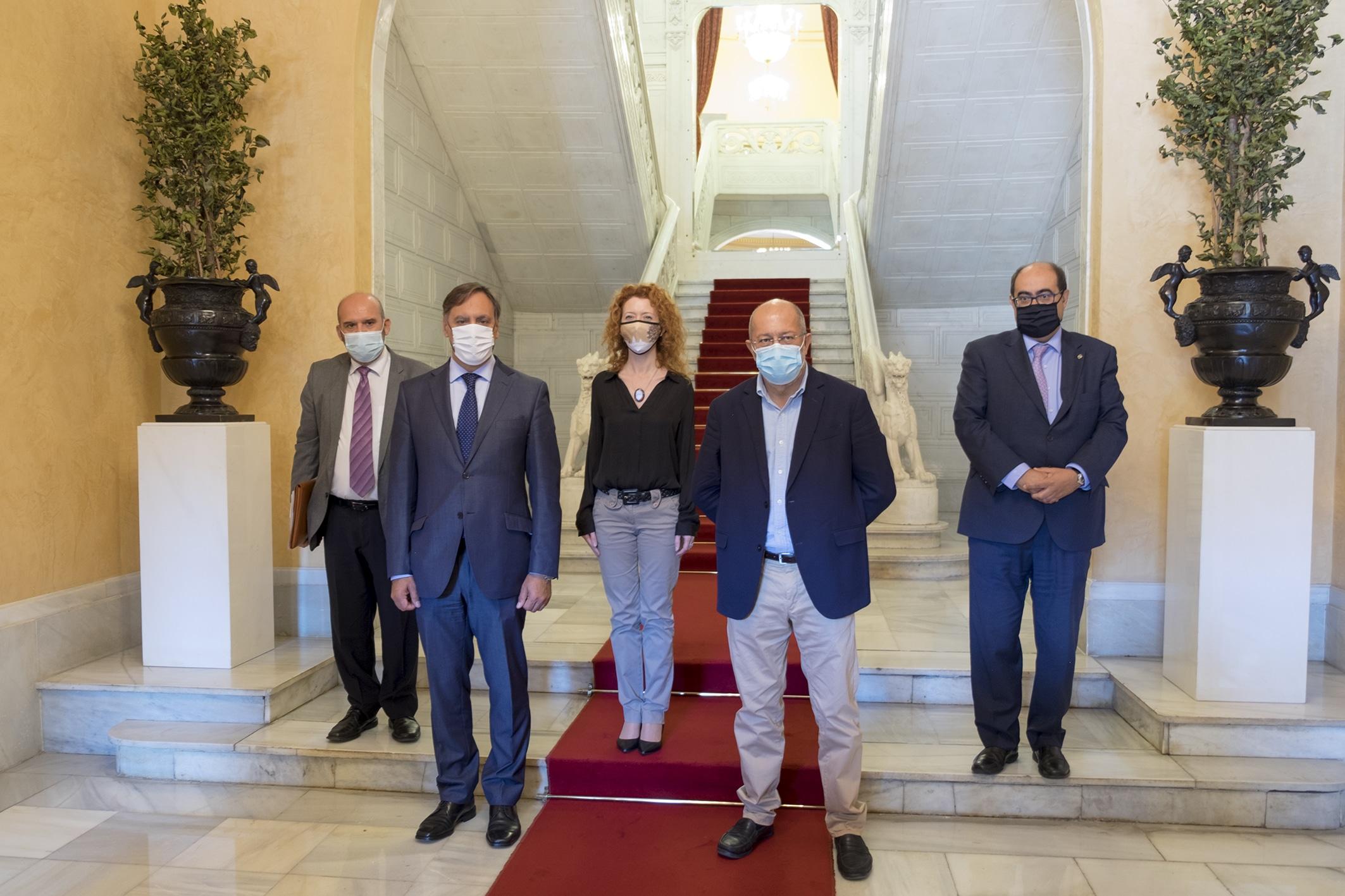 Igea pide a los diferentes gobiernos que «dejen de tirarse los muertos a la cara»