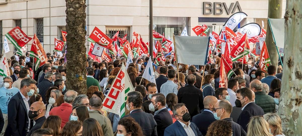 ERE del BBVA: movilizaciones en toda España contra los despidos y cierre de sucursales