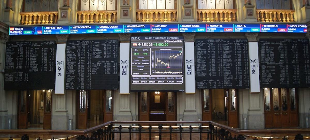 El Ibex 35 se deja llevar por el récord de Wall Street